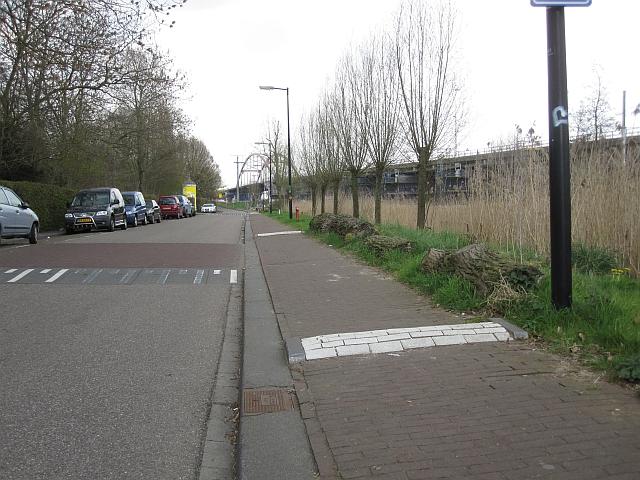 voetganger-drempels-pedestrian-speed-bumps-luining